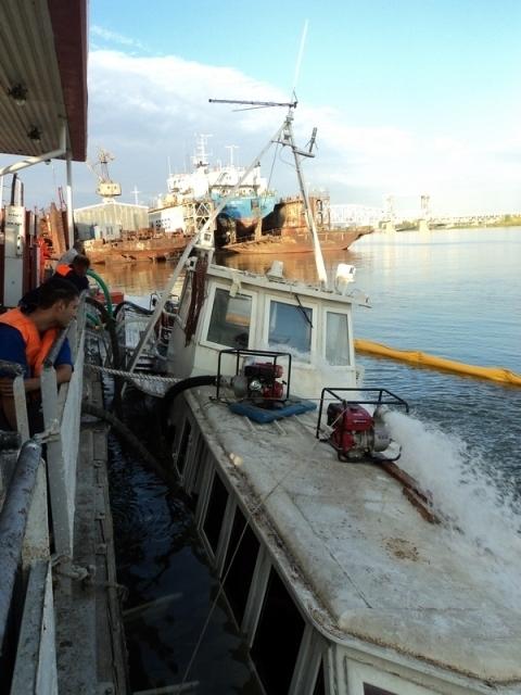 В порту Астрахань поднят