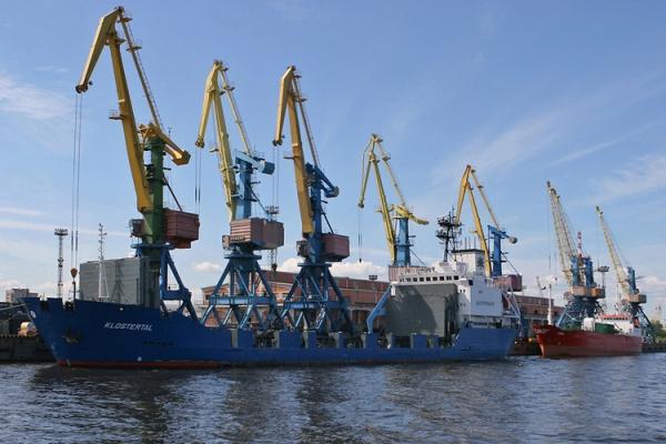 где находится морской коммерческий порт петербург: