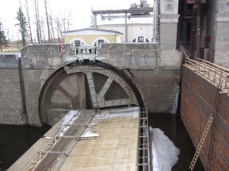 Шлюзовой затвор в Находка завод горного машиностроения в Артём